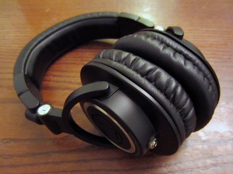 Shure SRH840 vs Audio-Technica ATH-M50