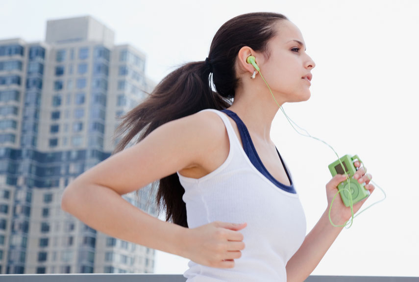 8 Best Earphones for Jogging